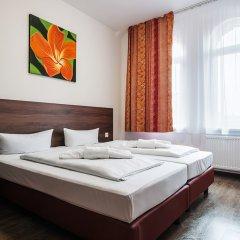 Отель Queen S Garden Hotel Германия, Берлин - отзывы, цены и фото номеров - забронировать отель Queen S Garden Hotel онлайн комната для гостей фото 2