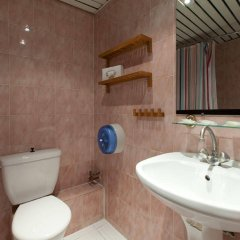 Отель Grand Hôtel De Paris ванная фото 2
