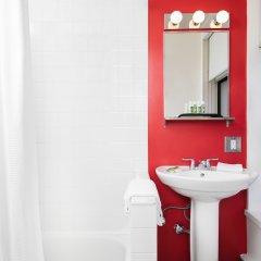 Отель Moda Hotel Канада, Ванкувер - отзывы, цены и фото номеров - забронировать отель Moda Hotel онлайн ванная
