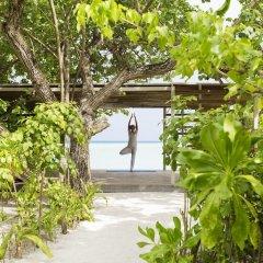 Отель LUX South Ari Atoll фитнесс-зал фото 3