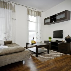 Апартаменты Senator Warsaw Apartments комната для гостей