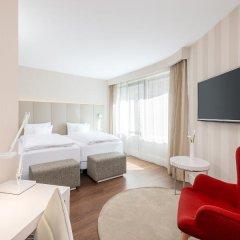 Отель NH Collection Frankfurt City 4* Стандартный номер с различными типами кроватей фото 9