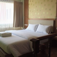 Phuket Ecozy Hotel комната для гостей фото 3