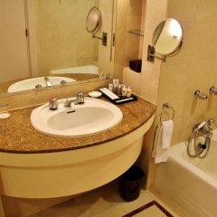 Отель Grand Millennium Hotel Kuala Lumpur Малайзия, Куала-Лумпур - отзывы, цены и фото номеров - забронировать отель Grand Millennium Hotel Kuala Lumpur онлайн ванная фото 2