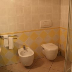 Отель Marinella Италия, Пиццо - отзывы, цены и фото номеров - забронировать отель Marinella онлайн ванная