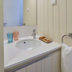 Отель CasadaCidade Португалия, Понта-Делгада - отзывы, цены и фото номеров - забронировать отель CasadaCidade онлайн ванная фото 2