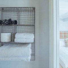 Отель Artist Residence Великобритания, Брайтон - отзывы, цены и фото номеров - забронировать отель Artist Residence онлайн ванная фото 2
