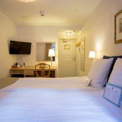 Отель Crystal Plaza Hotel Швеция, Стокгольм - 13 отзывов об отеле, цены и фото номеров - забронировать отель Crystal Plaza Hotel онлайн удобства в номере фото 2