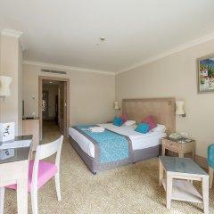 Отель Crystal De Luxe Resort & Spa – All Inclusive комната для гостей фото 5