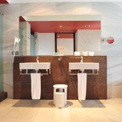 Отель Hipotels Gran Conil & Spa Испания, Кониль-де-ла-Фронтера - отзывы, цены и фото номеров - забронировать отель Hipotels Gran Conil & Spa онлайн ванная фото 2