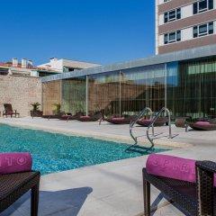 Sheraton Lisboa Hotel & Spa бассейн