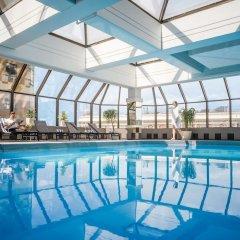 Отель InterContinental Wellington бассейн