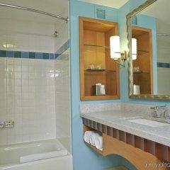 Отель Renaissance Curacao Resort & Casino ванная