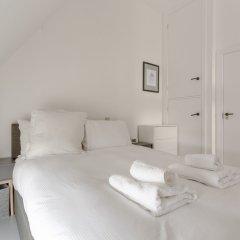 Апартаменты 1 Bedroom Retro Apartment комната для гостей фото 3