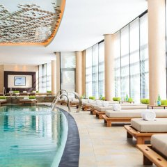 Renaissance Minsk Hotel спортивное сооружение