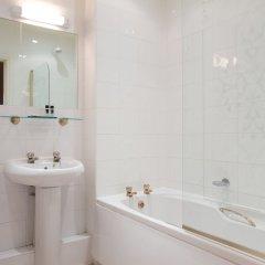 Отель Hallmark Inn Manchester South ванная фото 2