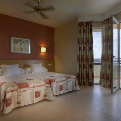 Отель Fiesta Hotel Tanit Испания, Сан-Антони-де-Портмань - отзывы, цены и фото номеров - забронировать отель Fiesta Hotel Tanit онлайн комната для гостей фото 4
