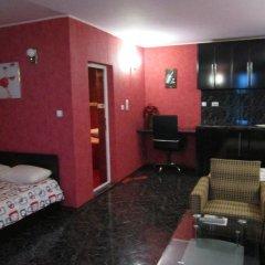 Отель Guest House Dobrev Болгария, Карджали - отзывы, цены и фото номеров - забронировать отель Guest House Dobrev онлайн комната для гостей фото 4