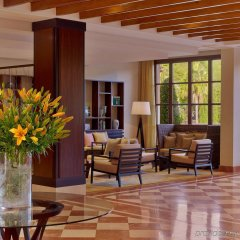 Sheraton Mallorca Arabella Golf Hotel интерьер отеля