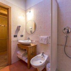 Отель Rifugio Baita Cuz Долина Валь-ди-Фасса ванная фото 2