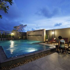 Отель Memo Suite Pattaya Таиланд, Паттайя - отзывы, цены и фото номеров - забронировать отель Memo Suite Pattaya онлайн бассейн фото 3
