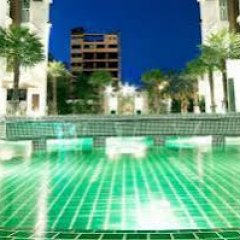 Отель DVaree Residence Patong бассейн