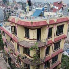 Отель Monkey Temple Homestay Непал, Катманду - отзывы, цены и фото номеров - забронировать отель Monkey Temple Homestay онлайн приотельная территория фото 2