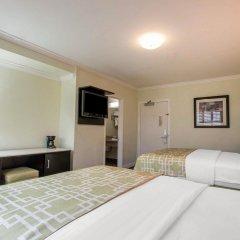 Отель Rodeway Inn Los Angeles США, Лос-Анджелес - 8 отзывов об отеле, цены и фото номеров - забронировать отель Rodeway Inn Los Angeles онлайн сейф в номере