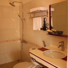 Отель Sapa Cozy 2 Hotel Вьетнам, Шапа - отзывы, цены и фото номеров - забронировать отель Sapa Cozy 2 Hotel онлайн ванная фото 2