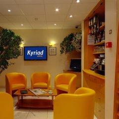 Отель Hôtel Kyriad Rennes интерьер отеля