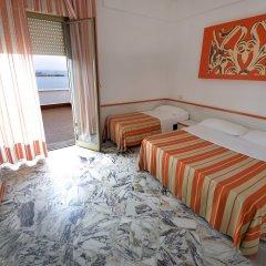 Отель Palm Beach Hotel Италия, Чинизи - 1 отзыв об отеле, цены и фото номеров - забронировать отель Palm Beach Hotel онлайн комната для гостей фото 4