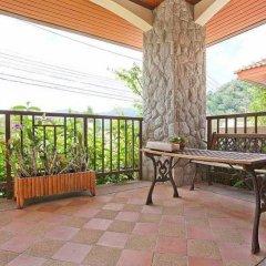 Отель Loch Palm Villa A балкон