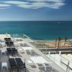 Las Arenas Hotel пляж
