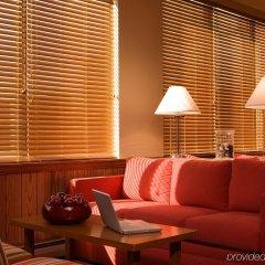Отель Four Points by Sheraton Bangor США, Бангор - отзывы, цены и фото номеров - забронировать отель Four Points by Sheraton Bangor онлайн гостиничный бар