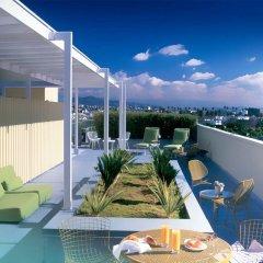 Отель Avalon Hotel Beverly Hills США, Беверли Хиллс - отзывы, цены и фото номеров - забронировать отель Avalon Hotel Beverly Hills онлайн балкон