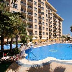 Отель Apartamentos Mediterráneo Real бассейн