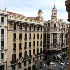 Отель Hostal Felipe V Испания, Мадрид - отзывы, цены и фото номеров - забронировать отель Hostal Felipe V онлайн балкон