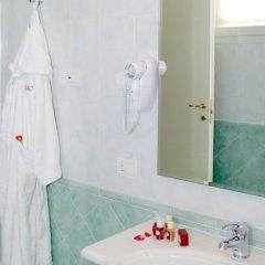Отель Cà Rocca Relais Италия, Монселиче - отзывы, цены и фото номеров - забронировать отель Cà Rocca Relais онлайн ванная