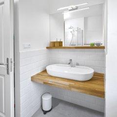 Отель DownTown Suites Mala Strana Чехия, Прага - отзывы, цены и фото номеров - забронировать отель DownTown Suites Mala Strana онлайн ванная