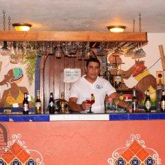 La Quinta Hotel гостиничный бар