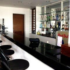 Отель Hilltop гостиничный бар