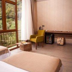 Hanedan Suit Hotel комната для гостей