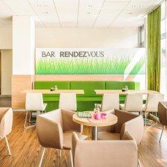 Отель ibis Berlin Ostbahnhof гостиничный бар