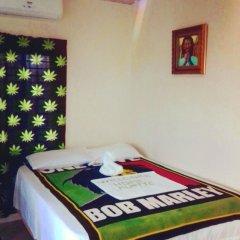 Отель Hotbox Bud & Breakfast комната для гостей фото 5