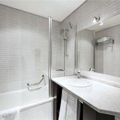 NH Geneva Airport Hotel ванная фото 2