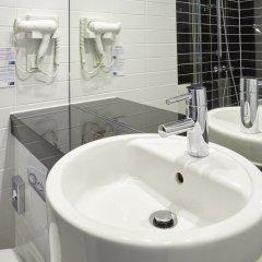 Отель Holiday Inn Express Frankfurt City Hauptbahnhof ванная фото 2