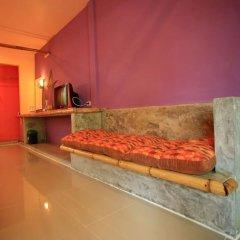 Отель Cha-Ba Bungalow & Art Gallery Таиланд, Ланта - отзывы, цены и фото номеров - забронировать отель Cha-Ba Bungalow & Art Gallery онлайн удобства в номере фото 2