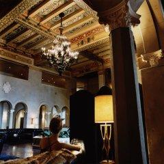 Отель Hollywood Roosevelt Hotel США, Лос-Анджелес - 1 отзыв об отеле, цены и фото номеров - забронировать отель Hollywood Roosevelt Hotel онлайн интерьер отеля