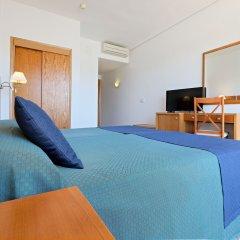Отель azuLine Hotel S'Anfora & Fleming Испания, Сан-Антони-де-Портмань - отзывы, цены и фото номеров - забронировать отель azuLine Hotel S'Anfora & Fleming онлайн удобства в номере