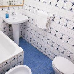 Отель Hostal Arriaza Мадрид ванная